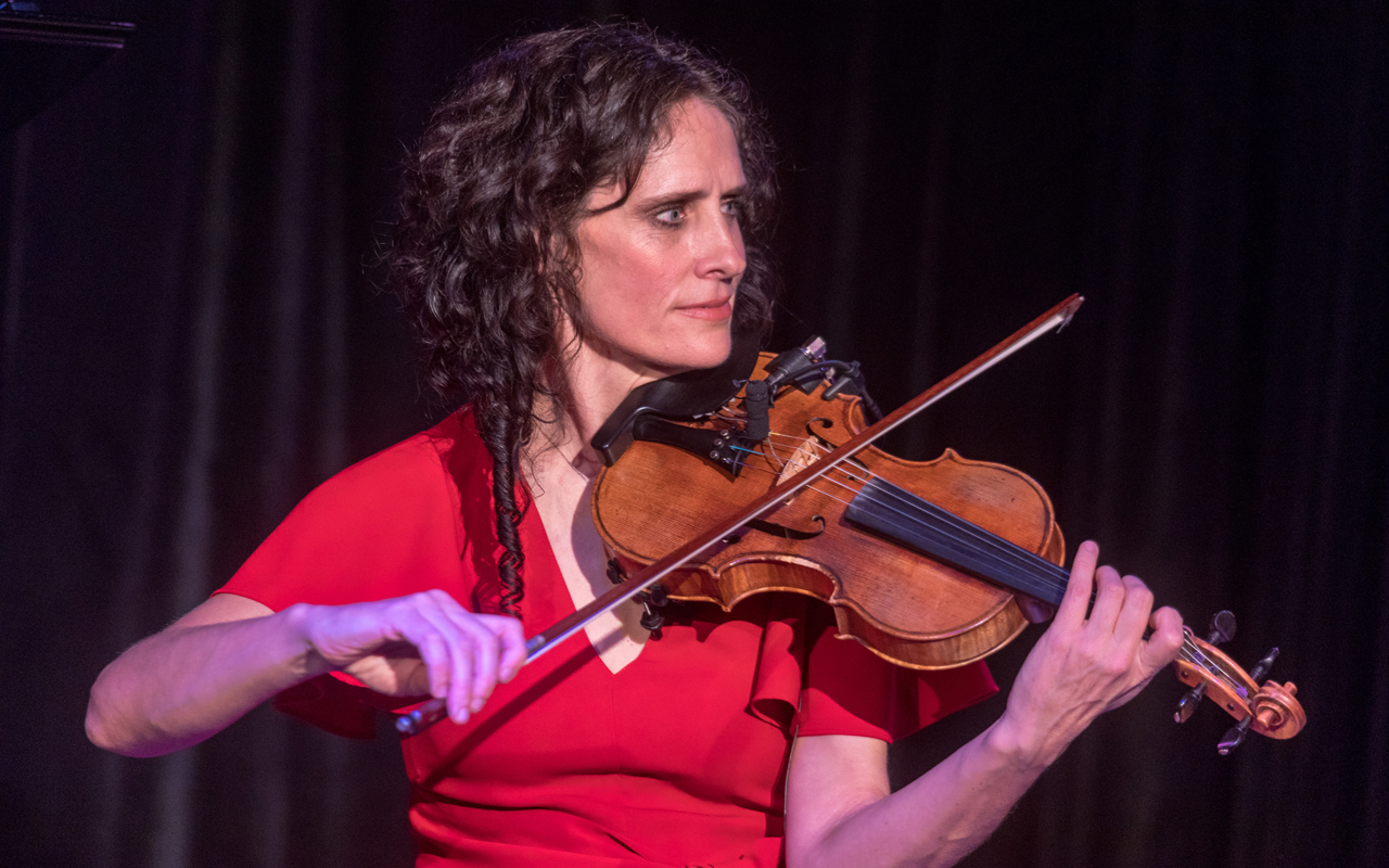 Jenny Scheinman playing the violin.