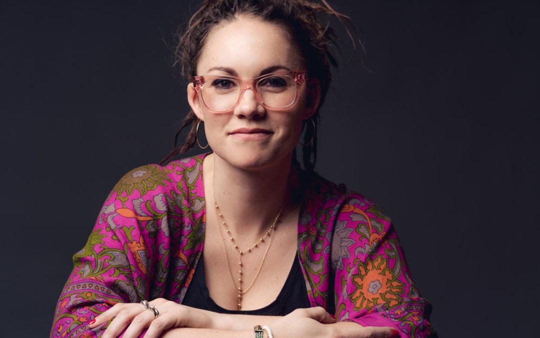 Kate Skinner in fuchsia imprinted shirt