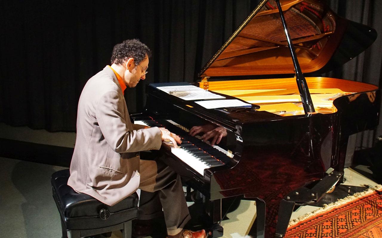 Francesco Crosara playing a piano